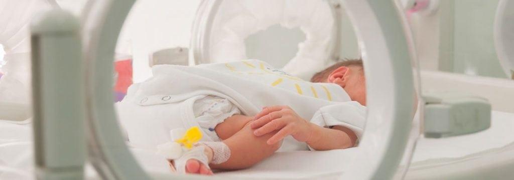 Neugeborenenintensivstation: Was jede zukünftige Mutter wissen sollte, um sie zu umgehen
