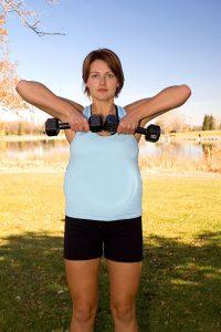 7 Oberkörper-Übungen, die in der Schwangerschaft sicher sind 7