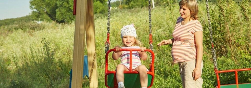 Hitze während der Schwangerschaft und andere Bedenken in der Sommerzeit