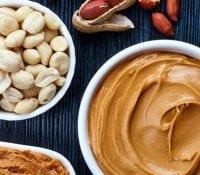8 großartige Vorteile von Erdnussbutter während der Schwangerschaft