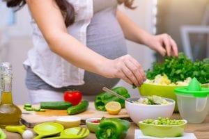 Warum es für eine Frau mit Übergewicht wichtig ist, in einer Schwangerschaft die Gewichtszunahme zu beschränken