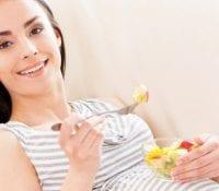 Nährstoffe in der Nahrung der Mutter könnten einem Alzheimer-Risiko für den Nachwuchs vorbeugen 1